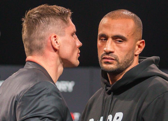 Rico Verhoeven en Badr Hari tijdens de staredown.