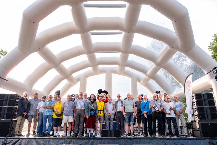 BORNEM 'club +30' is de groep wandelaars met minstens 30 Dodentocht-aankomsten op de teller.