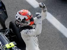 Gasly stunt met knotsgekke zege in Monza, Verstappen haalt finish niet