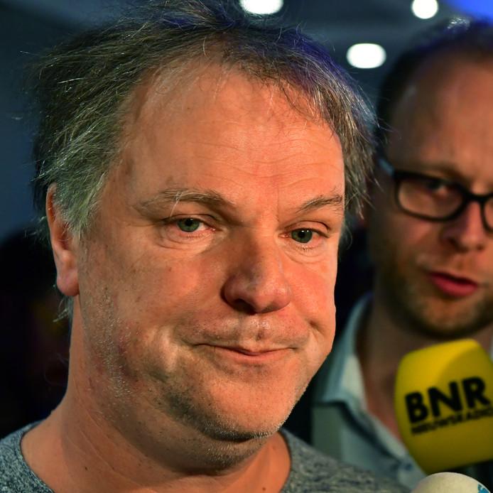 Hans Spekman (PvdA) tijdens een bijeenkomst van campagneleiders in Nieuwspoort een dag na de Tweede Kamerverkiezingen