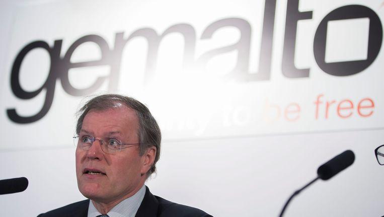 Gemalto-bestuursvoorzitter Olivier Pidou tijdens de persconferentie van vandaag Beeld EPA