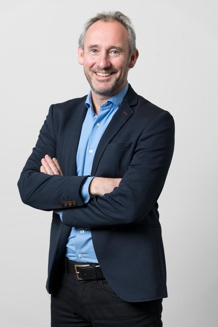 Nederland,  Den Bosch, Hoofdredacteur van het brabantsdagblad Lucas van Houtert. serie betaald