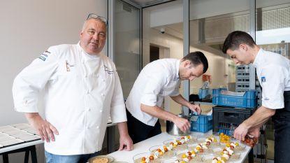 Sterrenchef verwent 180 liefhebbers met aspergediner in 'pop-uprestaurant'