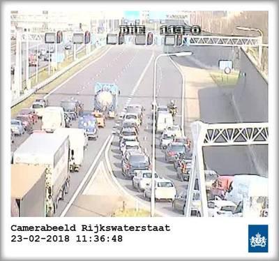 Drechttunnel richting Rotterdam afgesloten door technische storing