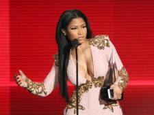 'Nicki Minaj kletst uren met gedupeerde fans na cancellen concert'
