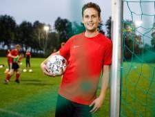 Riel speelt dijk van wedstrijd tegen SV Reeshof
