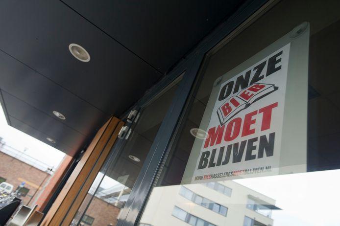 In 2011 dreigde ook al sluiting van de bieb in de Hasseler Es. De wijkbewoners kwamen massaal in opstand.