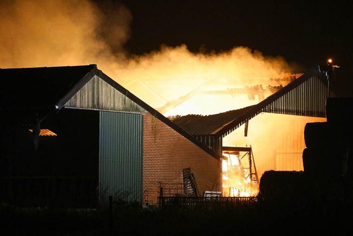 Brand in schuur Deursen-Dennenburg