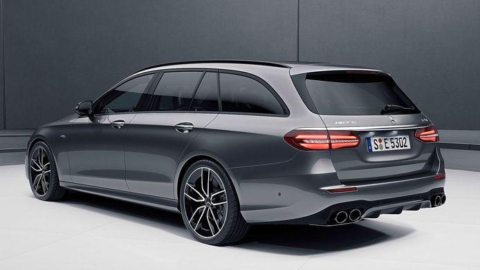 Ook bij de Mercedes-AMG E 63 S 4-Matic kan de dakspoiler loslaten bij hoge snelheden