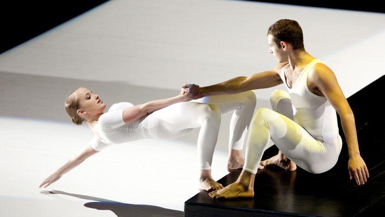 Dansgezelschap Introdans geeft in 2009 in Mexico Stad een voorstelling, als contraprestatie aangeboden door koningin Beatrix tijdens een staatsbezoek. © ANP Beeld
