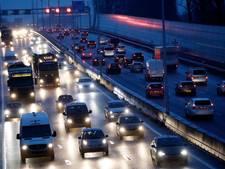 Files op wegen richting Amsterdam ondanks vakantie