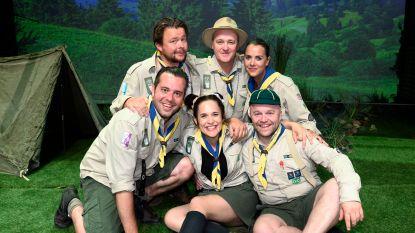 IN BEELD. BV's gaan op kamp tijdens première 'De Scouts Forever'