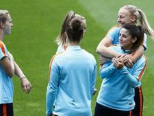 Voetbalvrouwen in gesprek met KNVB over hogere vergoeding