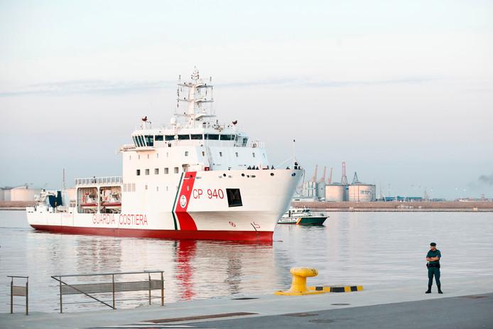 Reddingsschip Dattilo meert aan in Valencia.