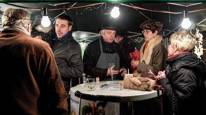Winterdrink op dorpsplein lokt veel volk