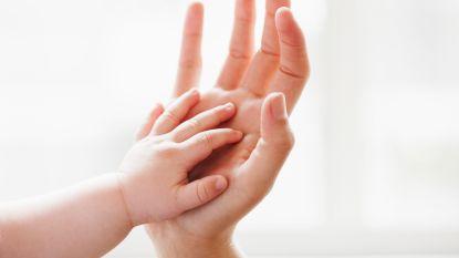 """""""Ontvoerde"""" baby in Aarschot teruggevonden in berm op 50 meter van woning ouders"""