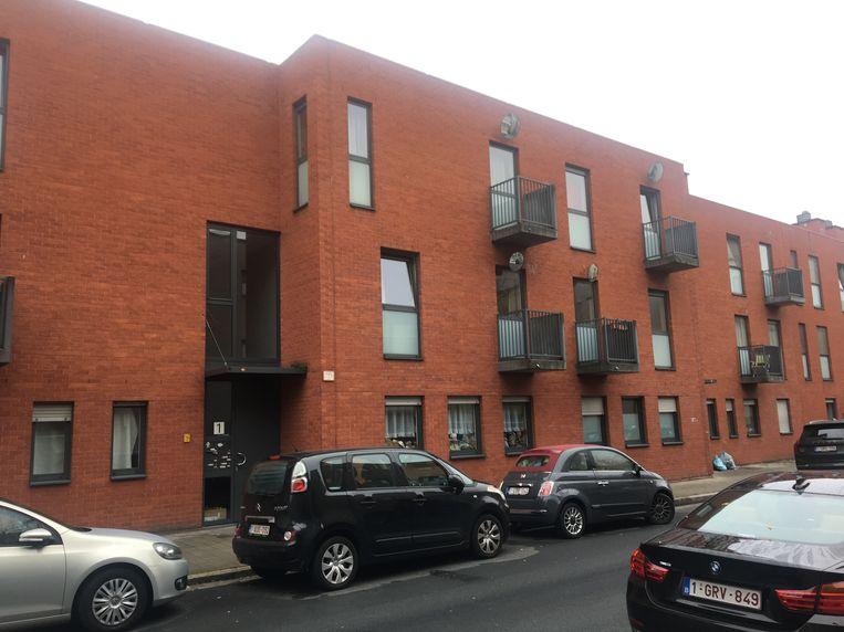 Het appartementsgebouw in de Lange Batterijstraat in Antwerpen.
