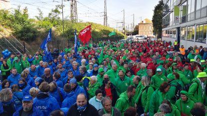 """Personeel lokale Vlaamse besturen eist opslag: """"Men vernedert ons"""""""
