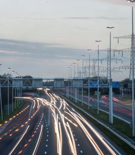 Ongeluk zorgt voor korte file op A35 tussen Almelo en knooppunt Azelo