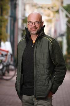 Marc (47) geniet van zijn vaste koffieplek: 'Een mooie mengeling van de samenleving'