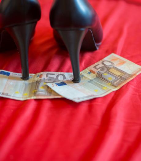 Loverboy dwingt Belgische (20) 'met aantrekken en afstoten' tot prostitutie