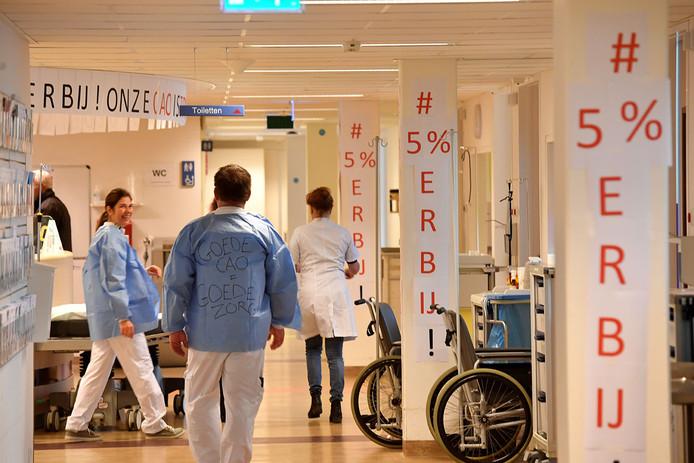 Acties bij het Canisius Wilhelmina Ziekenhuis in Nijmegen