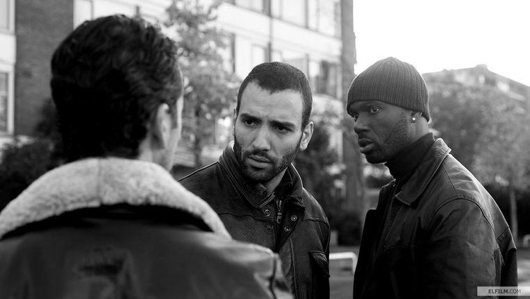 Marwan Kenzari (midden) in de film Wolf. Beeld