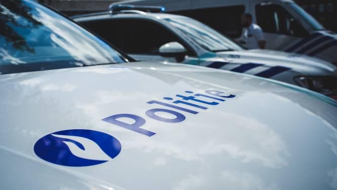"""Gentse politiezones plannen voorzichtig hoe ze te werk gaan tijdens de feestdagen: """"Deur aan deur aanbellen zal niet gebeuren"""""""