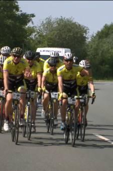 Voeten gaan op de pedalen voor 1365 kilometer lange tocht Bergh in het Zadel