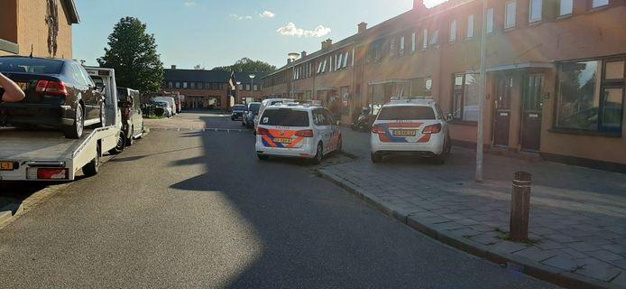 Het steekincident deed zich voor aan de Braakweg in Almelo.