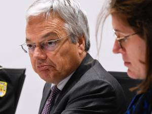 L'ex-agent secret qui accuse Didier Reynders de corruption sort de l'ombre