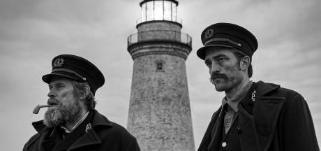 Tieneridool Robert Pattinson schittert in fascinerende vertelling The Lighthouse