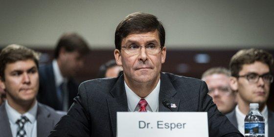 Oorlogsveteraan Mark Esper wordt nieuwe minister van Defensie van de VS