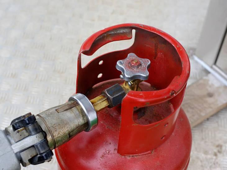 Kan één gasfles voor zoveel gevaar zorgen dat ontruiming van woningen nodig is?
