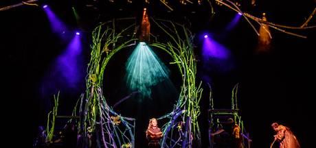 Efteling-musical De Sprookjessprokkelaar wordt acrobatisch en poëtisch spektakel