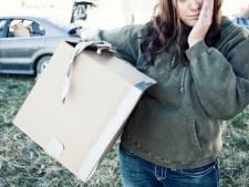 Caro est contrainte de vivre dans sa voiture depuis son divorce