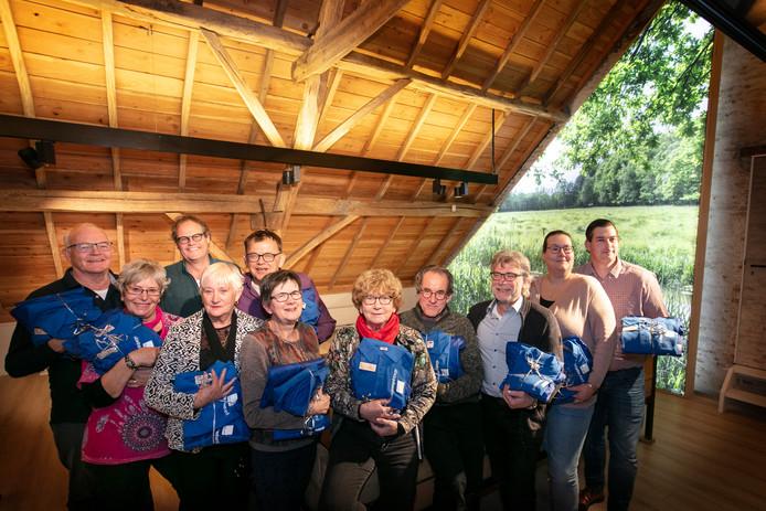 De vrijwilligers die de cursus 'Gids Gastvrij Liempde' met succes hebben afgerond.