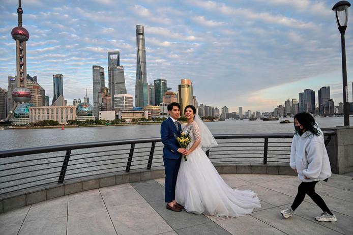 Photo de mariage, lundi, sur le Bund, à Shanghai