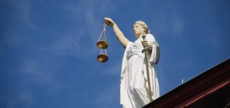 Boekelse boer vraagt vijf ton schadevergoeding na aanslag