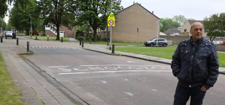 Burgemeester Waalwijk: Arrestatie voor schilderen haaientanden op de weg was niet overdreven