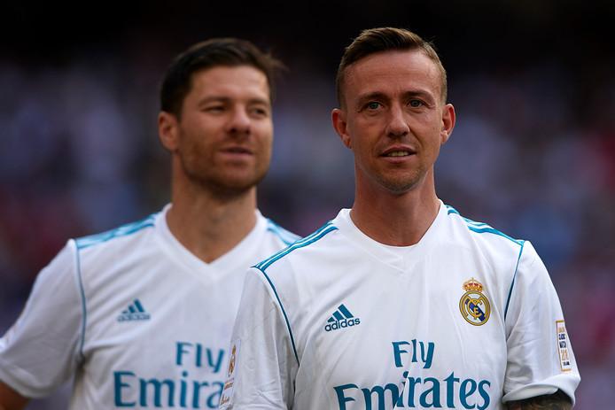 Guti speelde afgelopen zondag nog een 'legends match' voor Real Madrid. Naast hem Xabi Alonso.