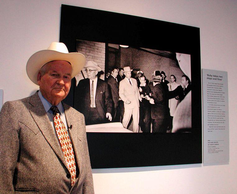 Jim Leavelle in 2002 voor de iconische foto van Bob Jackson.
