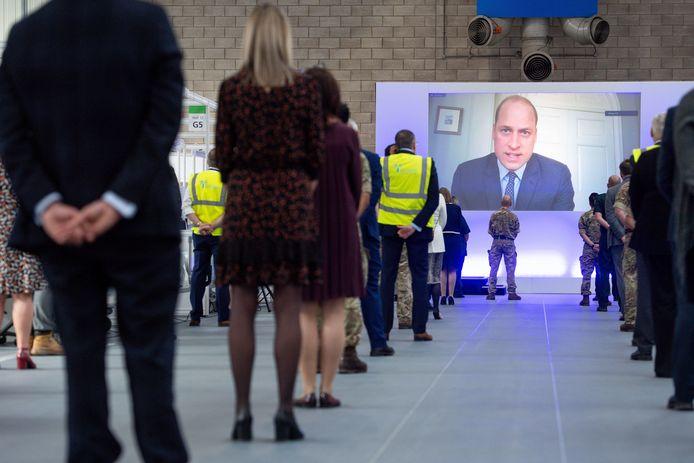 Le prince William et son épouse Kate, tous deux âgés de 37 ans et parents de trois enfants, ont prêté leur voix à une vidéo du service public de santé prodiguant des conseils en matière de santé mentale dans le contexte de la pandémie.