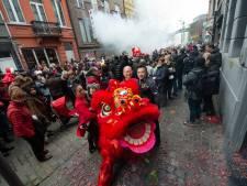"""Coronavirus overschaduwt viering Chinees Nieuwjaar: """"Iedereen maakt zich grote zorgen om familie in China"""""""