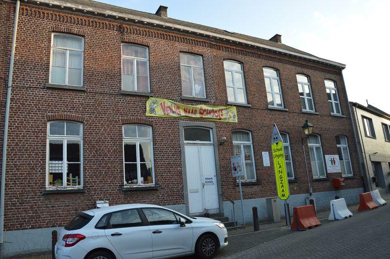 De Vrije Basisschool (VBS) Welle in de Kerkstraat. Het bestaande gebouw aan de straatkant wordt afgebroken.