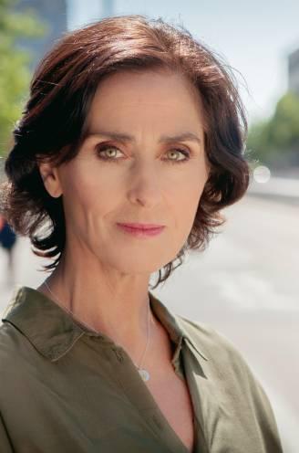 """Monika Van Lierde verdwijnt na 25 jaar als dokter Ann uit 'Thuis': """"Het is tijd voor iets anders"""""""