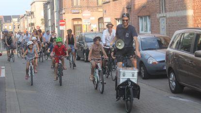Zomereditie Critical Mass Ride trotseert tropische temperaturen voor meer fietsveiligheid