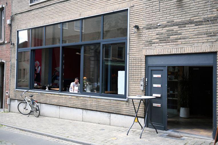 De nieuwe zaak Casa Del Popolo op de Sint-Antoniusberg.