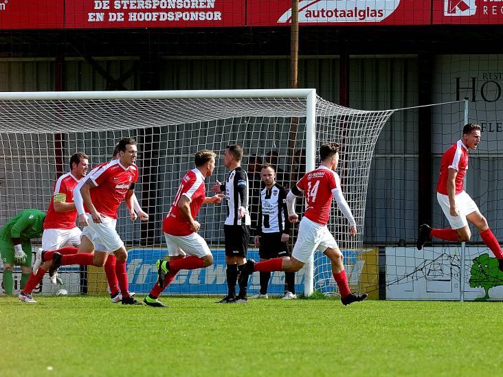 LIVE | TSC'er Rubenkamp lijkt genadeklap uit te delen aan Beek Vooruit, doelpuntenstorm in Schijf