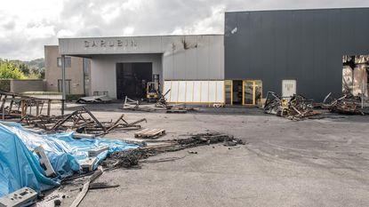 """Na de verwoestende brand bij rubberbedrijf Carubin: """"Volop werk maken van een heropstart"""""""